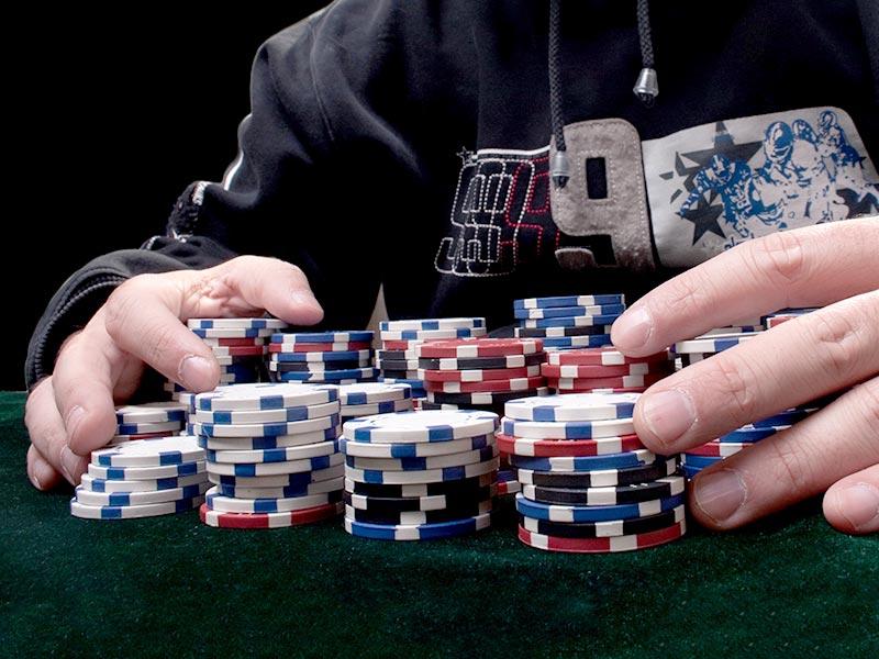 maior premio ganhador poker