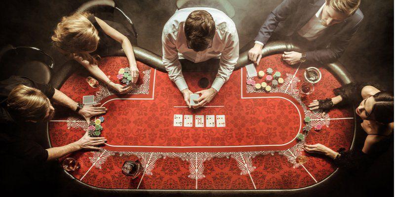 poker femenino 1