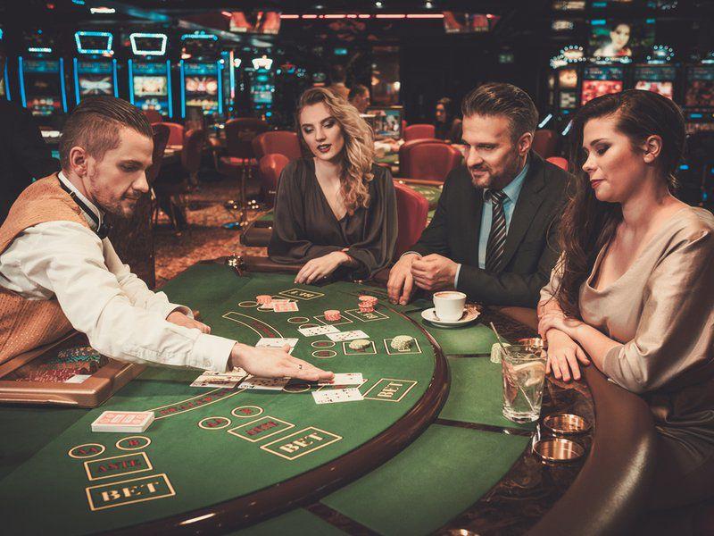 amigos jogando poker bodog