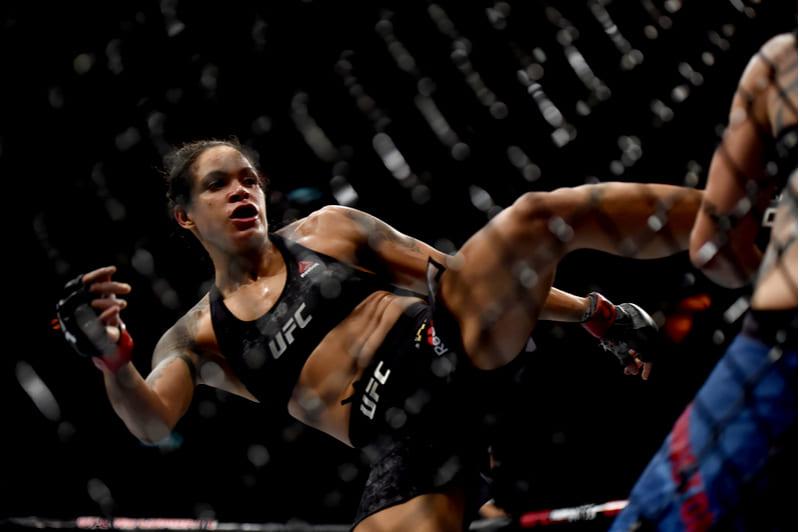 Amanda Nunes luta