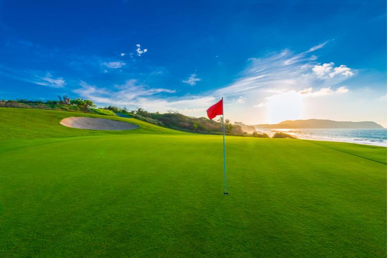 campo golfe praia
