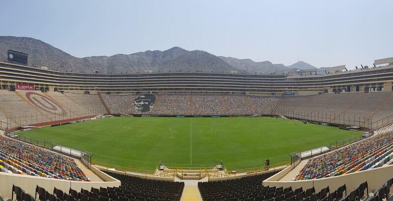 estadio monumental u peru